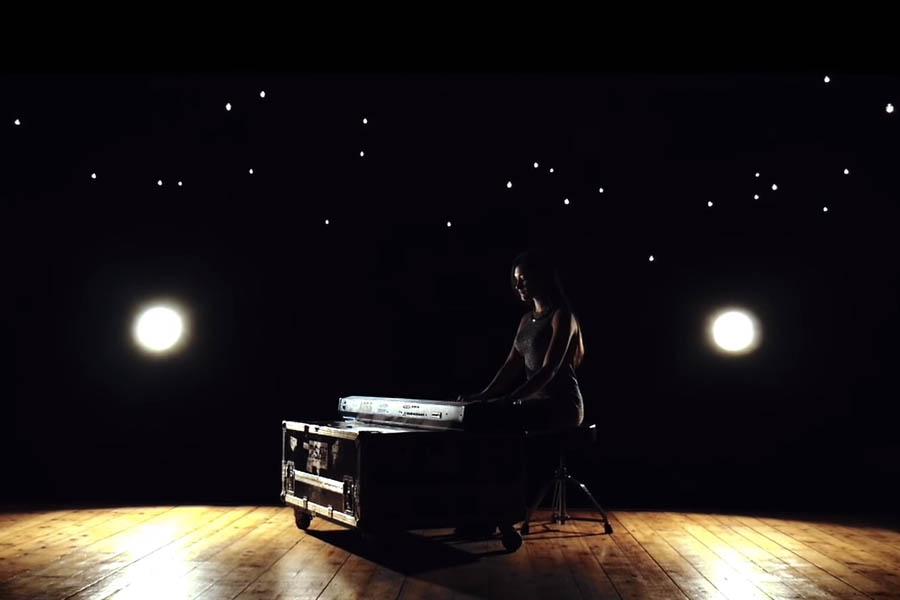 123 Nadine з прем'єрою про потребу у любові — UA MUSIC | Енциклопедія української музики