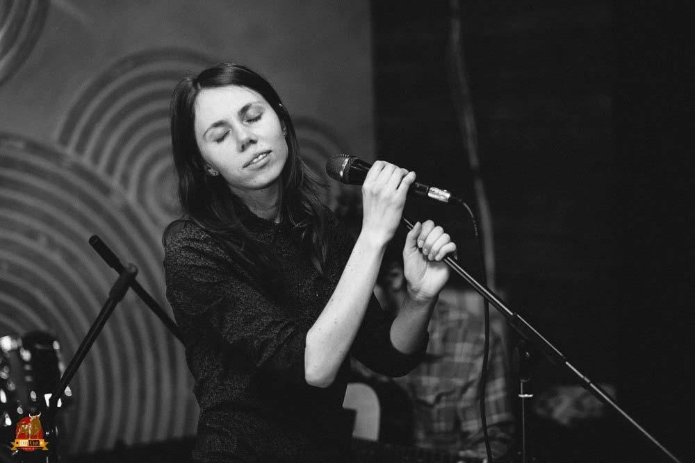 odin_v_kanoe8 ФОТОГАЛЕРЕЯ — UA MUSIC   Енциклопедія української музики