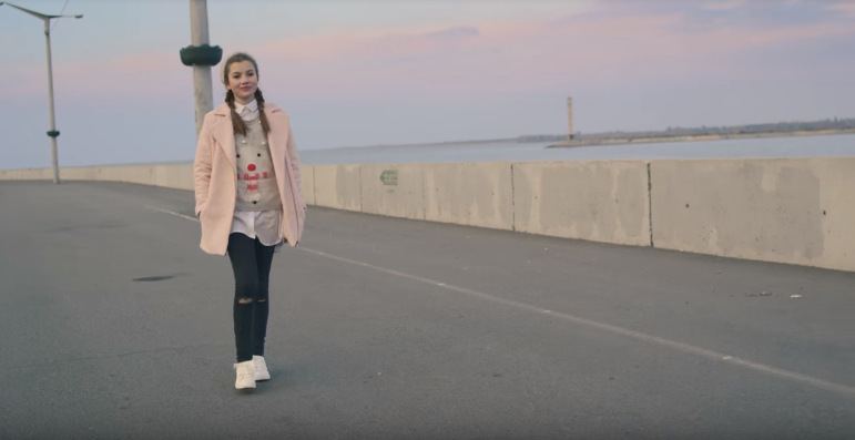 Screenshot_3 Anna PETRAsh - Друзі — UA MUSIC | Енциклопедія української музики